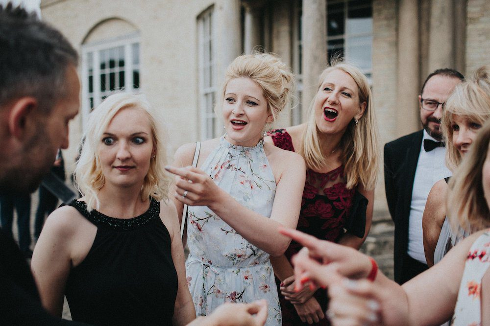 How much does a wedding magician cost